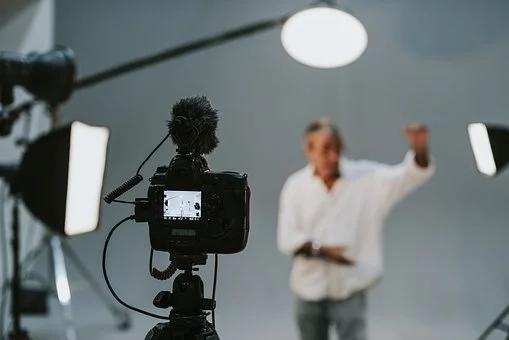 企业年会视频制作需要哪些材料