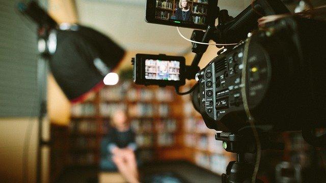 为什么宣传片拍摄过程中会使用延时摄影