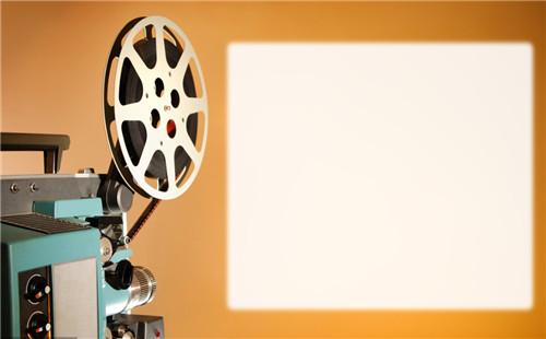 广州广告片制作公司怎么选择配音人员?