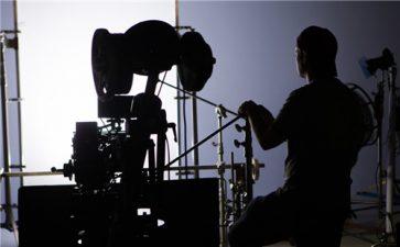 广州工业企业品牌形象宣传片制作中单灯布光实用摄影有什么技巧?