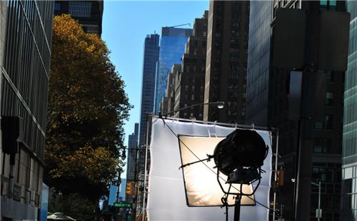企业短视频品牌形象宣传片制作用的是什么光?