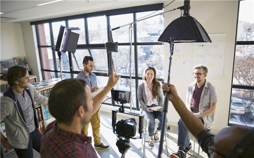 广告片制作公司制作创意广告的价钱是多少?
