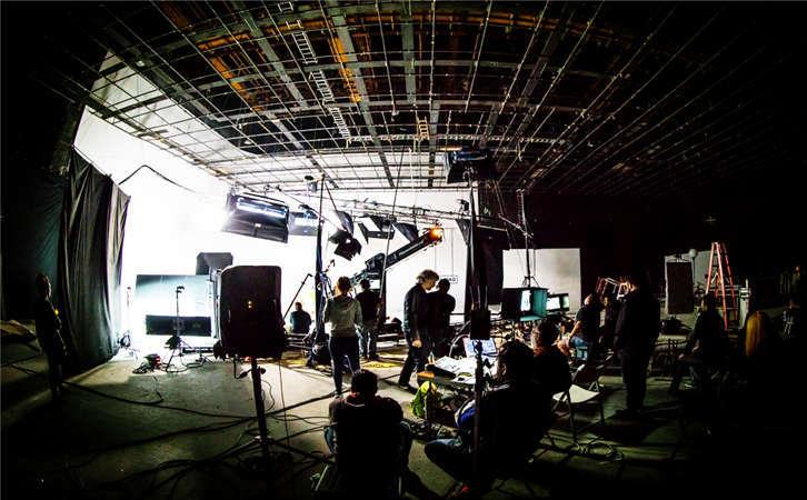 广州有很多影视公司,我们为什么要选择你公司?